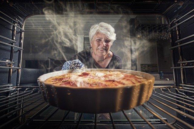 Come cucinare più piatti in forno